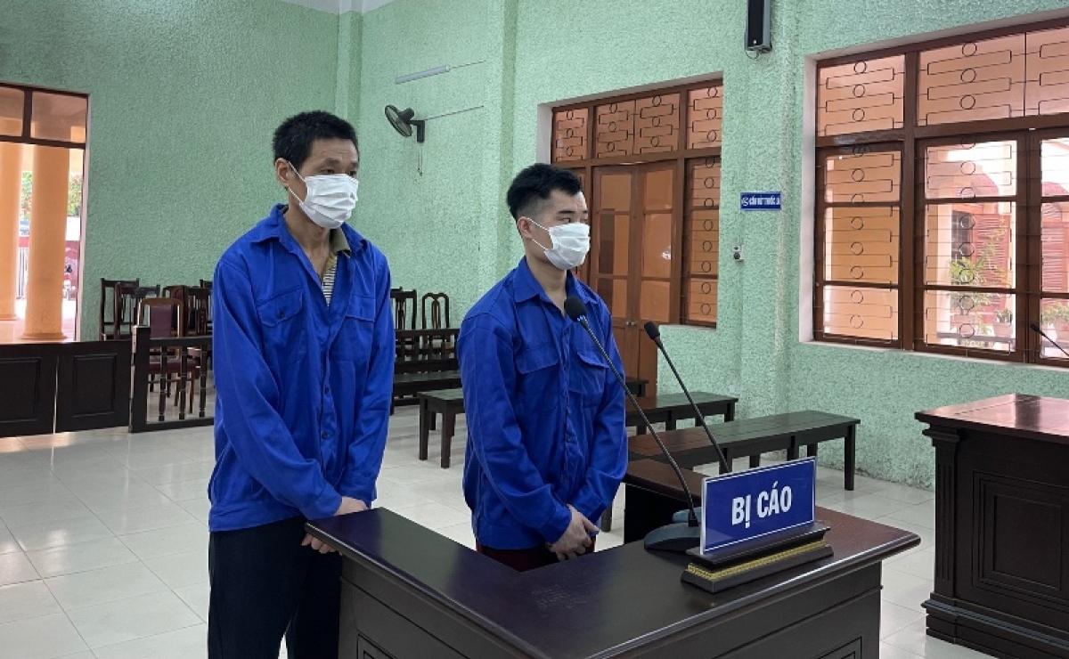 Hai bị cáo Mã Kim Tinh và Triệu Văn Xuyên tại phiên tòa.