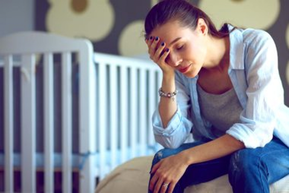Căng thẳng: Nếu bạn bị căng thẳng tâm lý trong một thời gian dài, các cơ bắp cũng sẽ bị căng thẳng, dẫn đến các cơn đau và chuột rút cơ. Các cơn đau cơ do căng thẳng thường xuất hiện ở vùng thắt lưng và vai gáy.