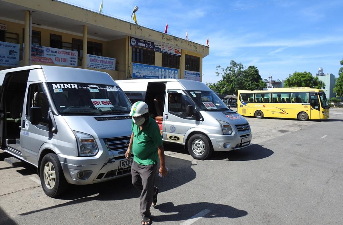 Dịch COVID-19 ảnh hưởng nghiêm trọng đến hoạt động vận tải hành khách ở Kon Tum.
