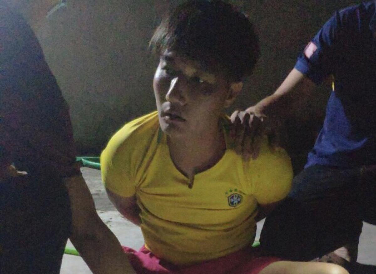 Đối tượng Nguyễn Văn Thiện thời điểm bị bắt giữ (tối 14/6).