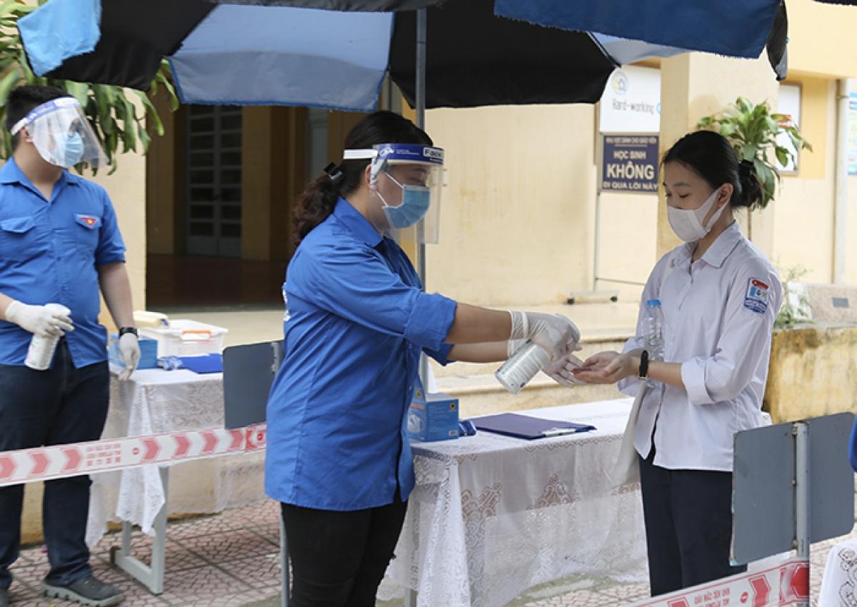 Công tác vệ sinh phòng dịch, đảm bảo an toàn cho các thí sinh được đặt lên hàng đầu.