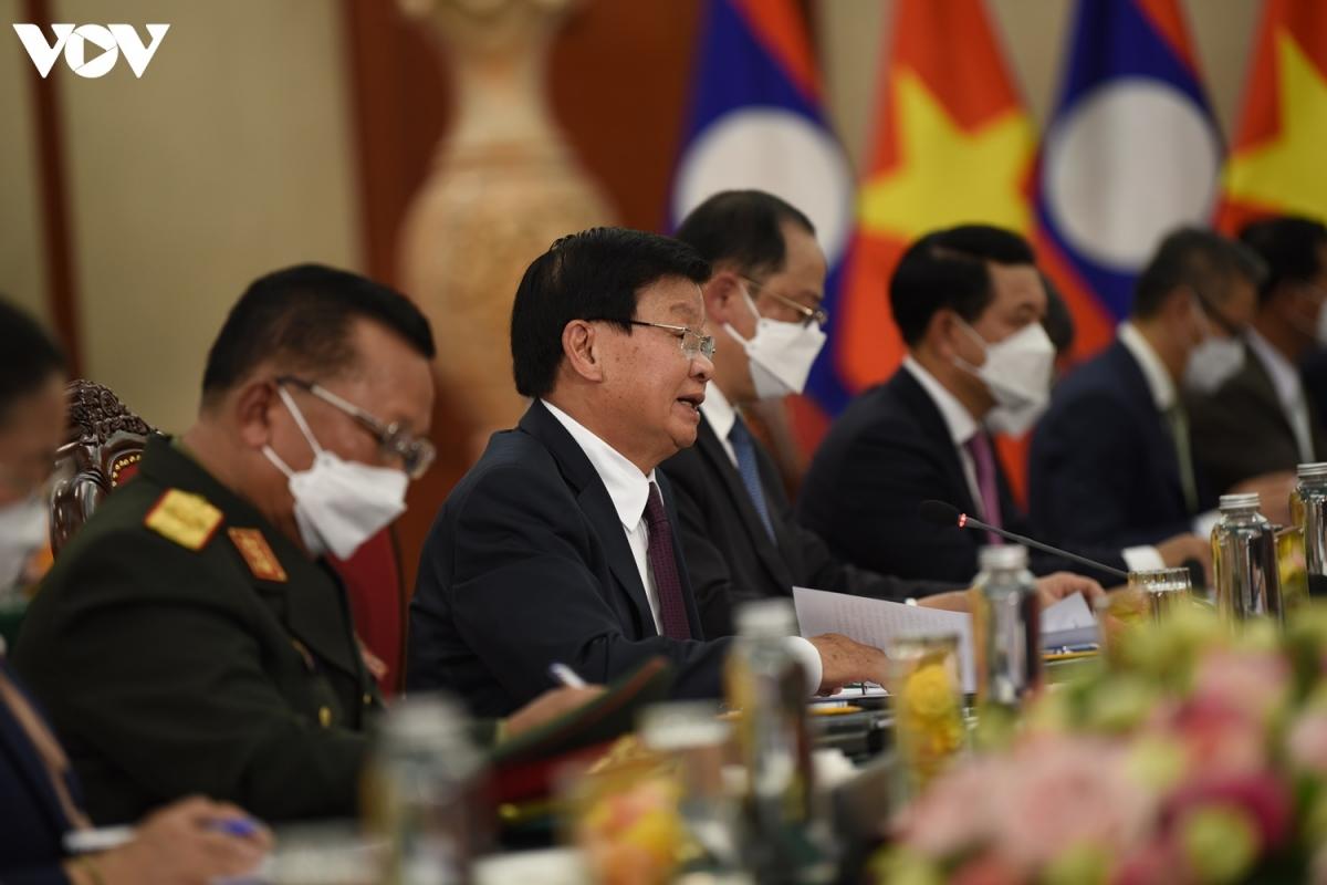 Tổng Bí thư, Chủ tịch nước Lào -Thongloun Sisoulith bày tỏ sự trân trọng trước tình cảm của Đảng, Nhà nước và nhân dân Việt Nam. Ông Thongloun Sisoulith hy vọng mối quan hệ gắn kết giữa Việt Nam và Lào sẽ tiếp tục phát triển trên nhiều mặt.