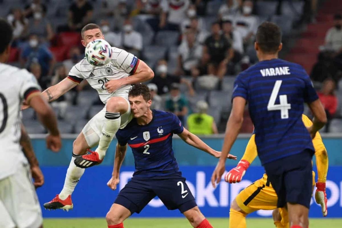 May mắn thoát khỏi 2 bàn thua và cũng tạo ra những cơ hội trước khung thành Pháp, nhưng các chân sút Đức lại có ngày thi đấu vô duyên.