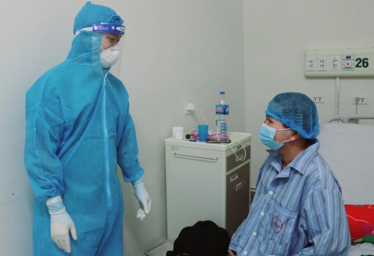 Thai phụ mắc COVID-19 nguy kịch đã phục hồi hoàn toàn. (Ảnh do BV cung cấp)