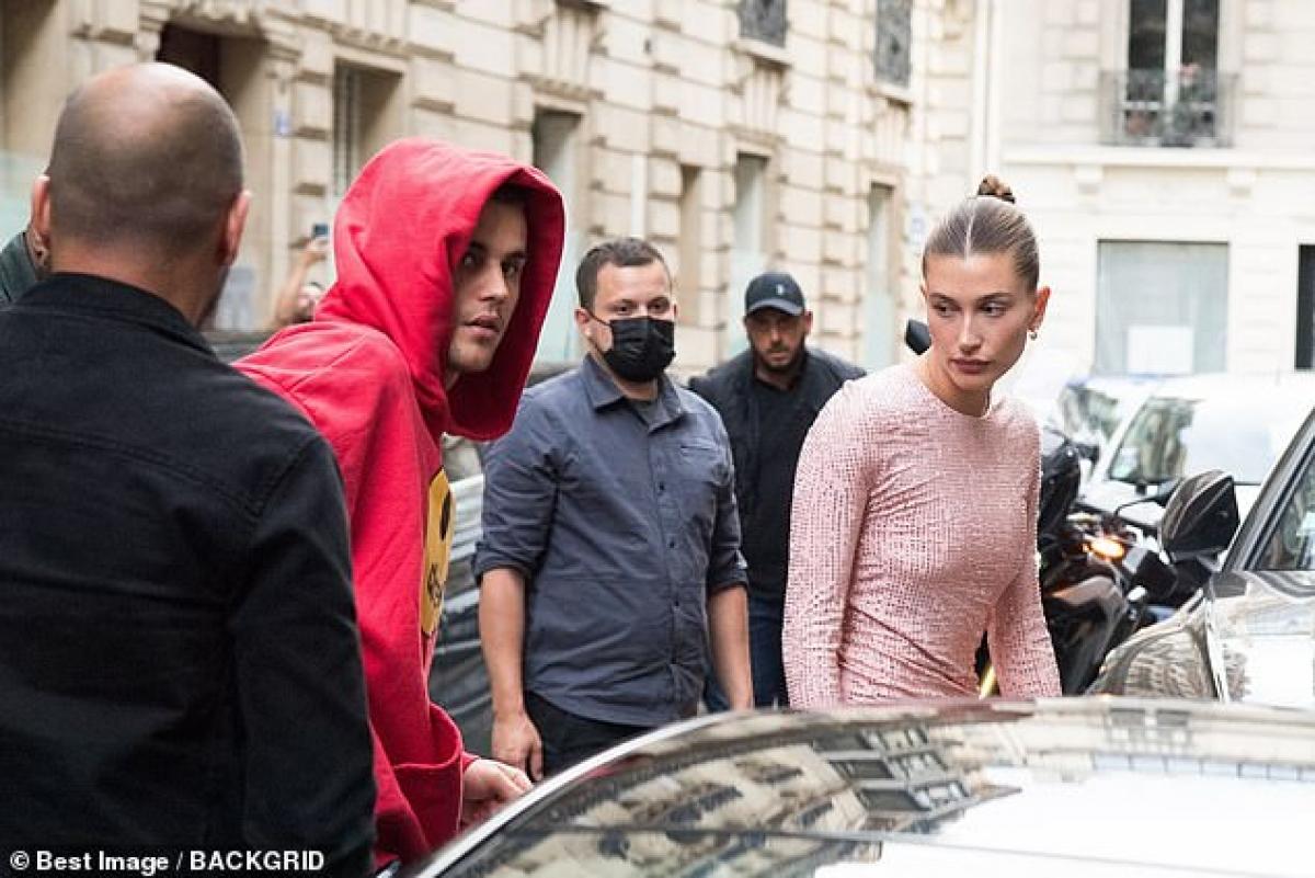 Người mẫu 24 tuổi cho biết muốn sống trọn đời mãi mãi bên Justin Bieber và cô luôn sẵn sàng nỗ lực vì mong muốn cả hai sẽ cùng nhau già đi./.
