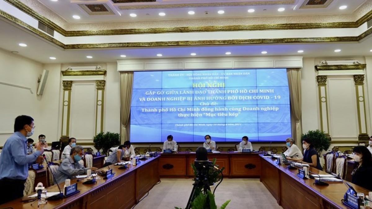 Hội nghị gặp gỡ giữa lãnh đạo TP.HCM và doanh nghiệp bị ảnh hưởng dịch bệnh Covid-19. (Ảnh: Trung tâm báo chí TP.HCM cung cấp).