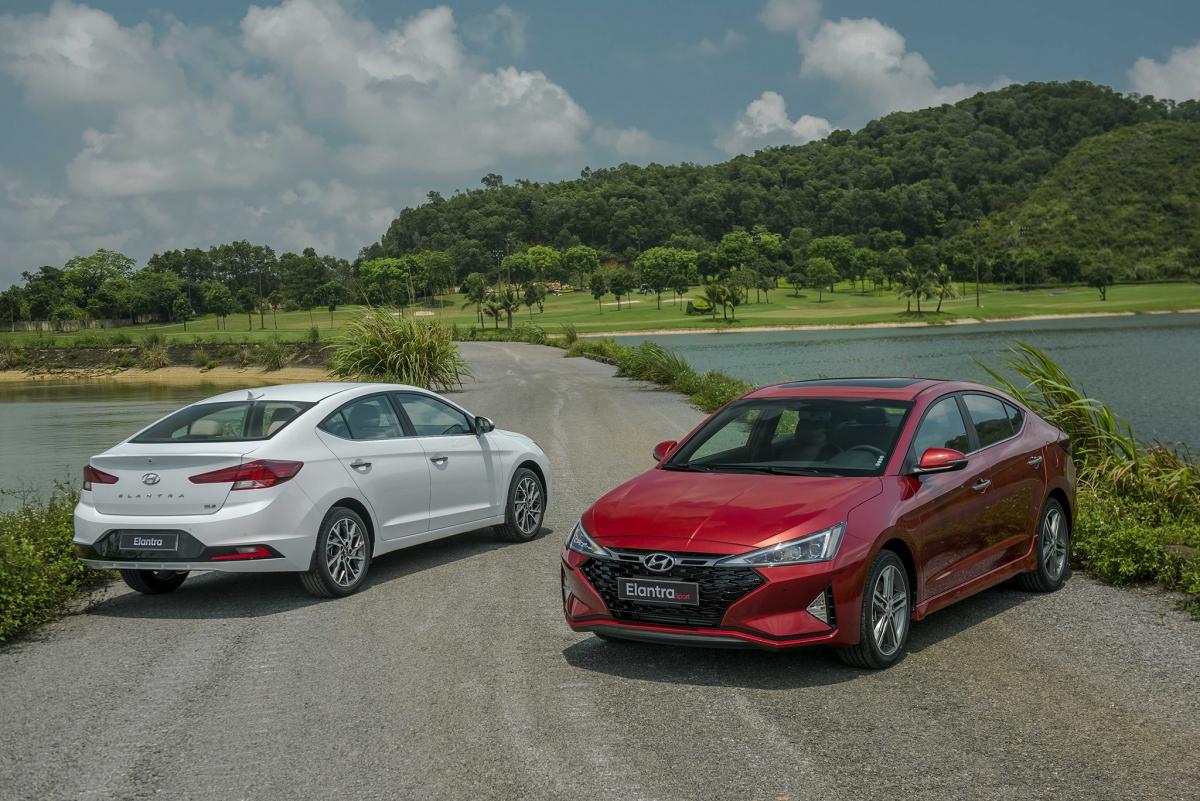 Hyundai Elantra có mức ưu đãi cao nhất - 20 triệu đồng.