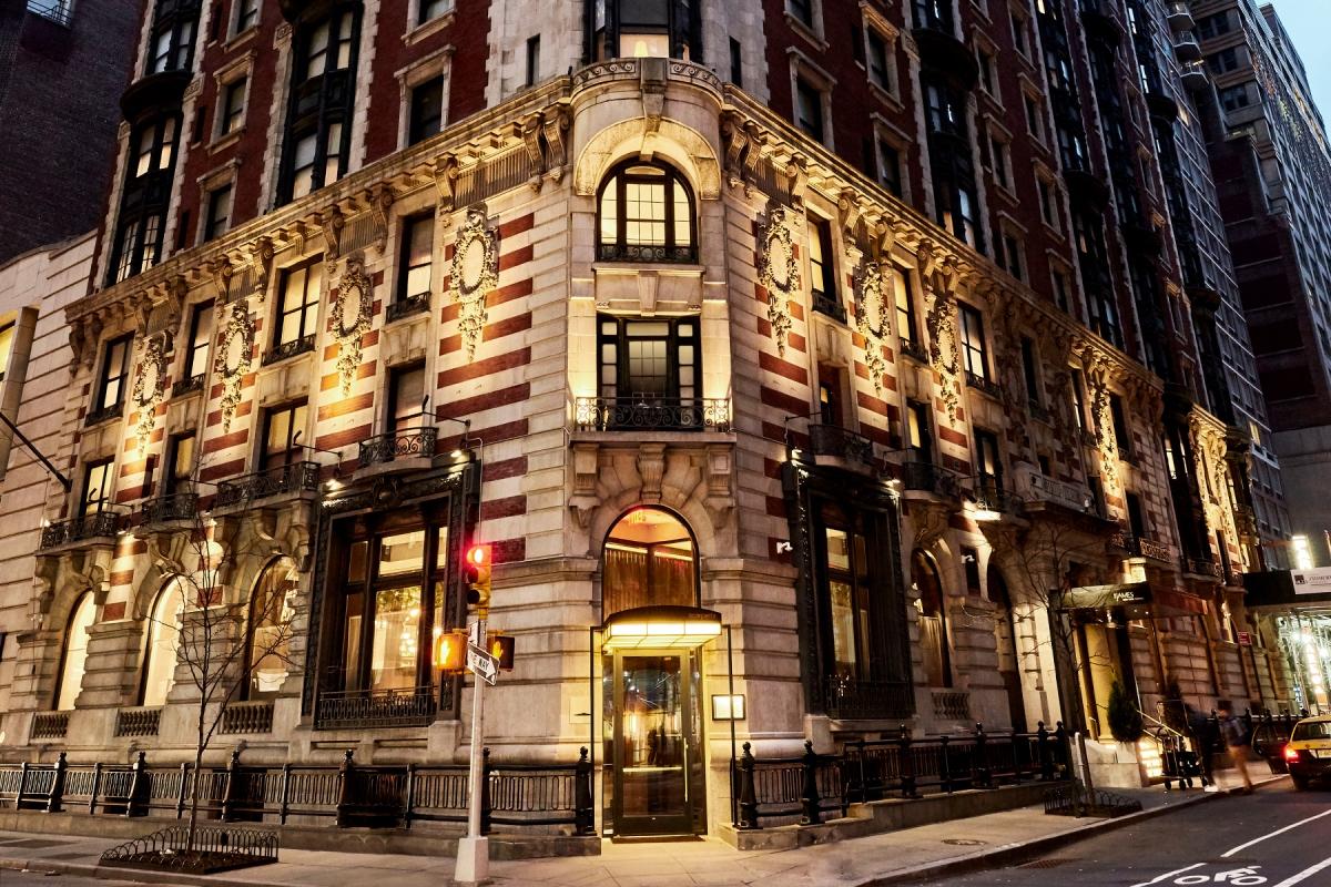 Nguồn: Khách sạn James New York-NoMad