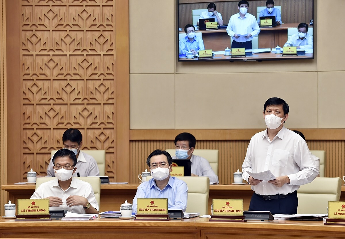 Bộ trưởng Y tế Nguyễn Thanh Long phát biểu