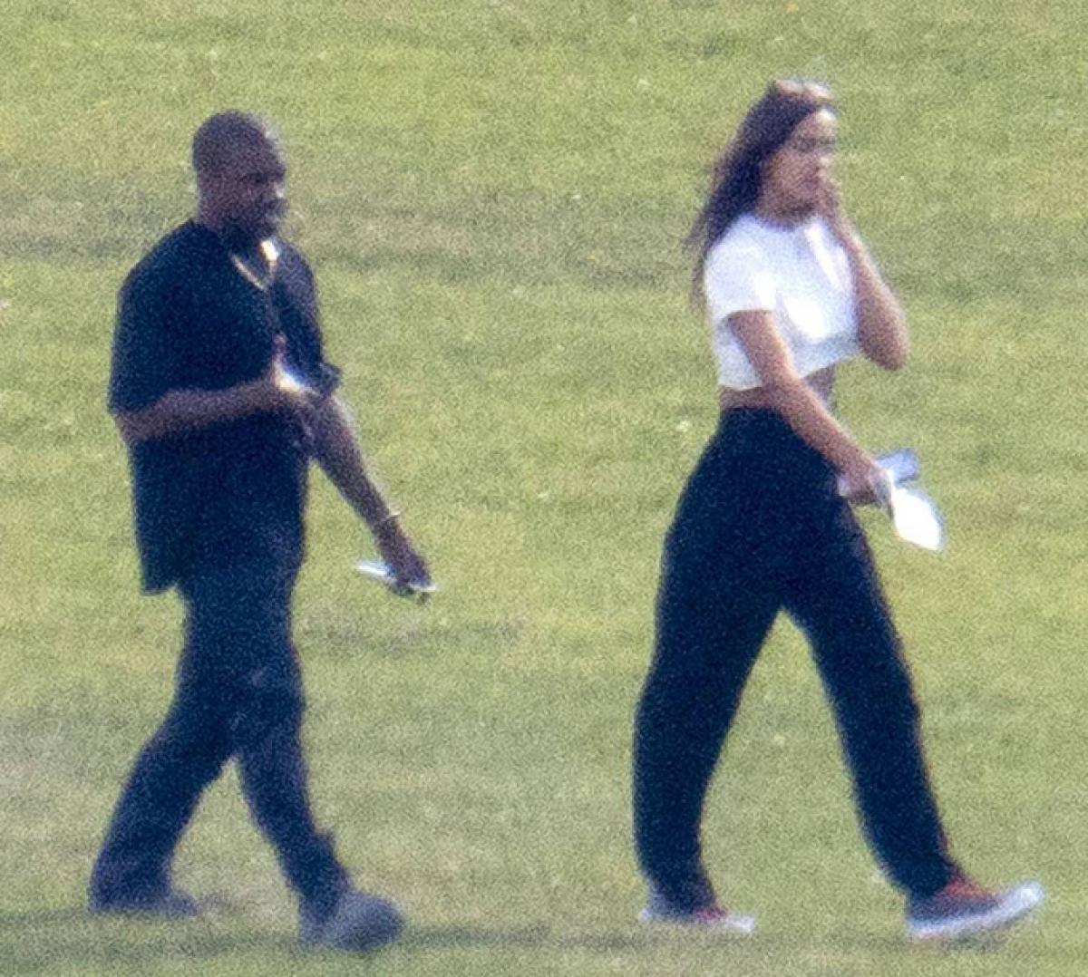 Kanye West và Irina Shayk
