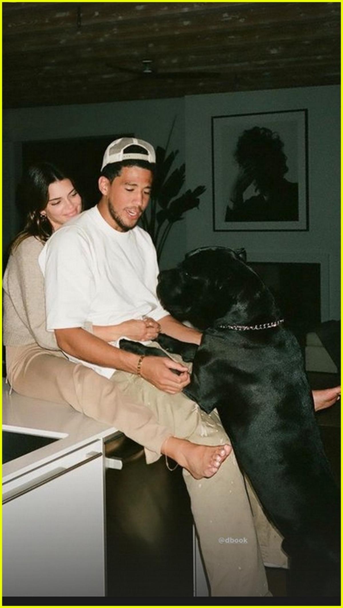 Kendall Jenner và bạn trai