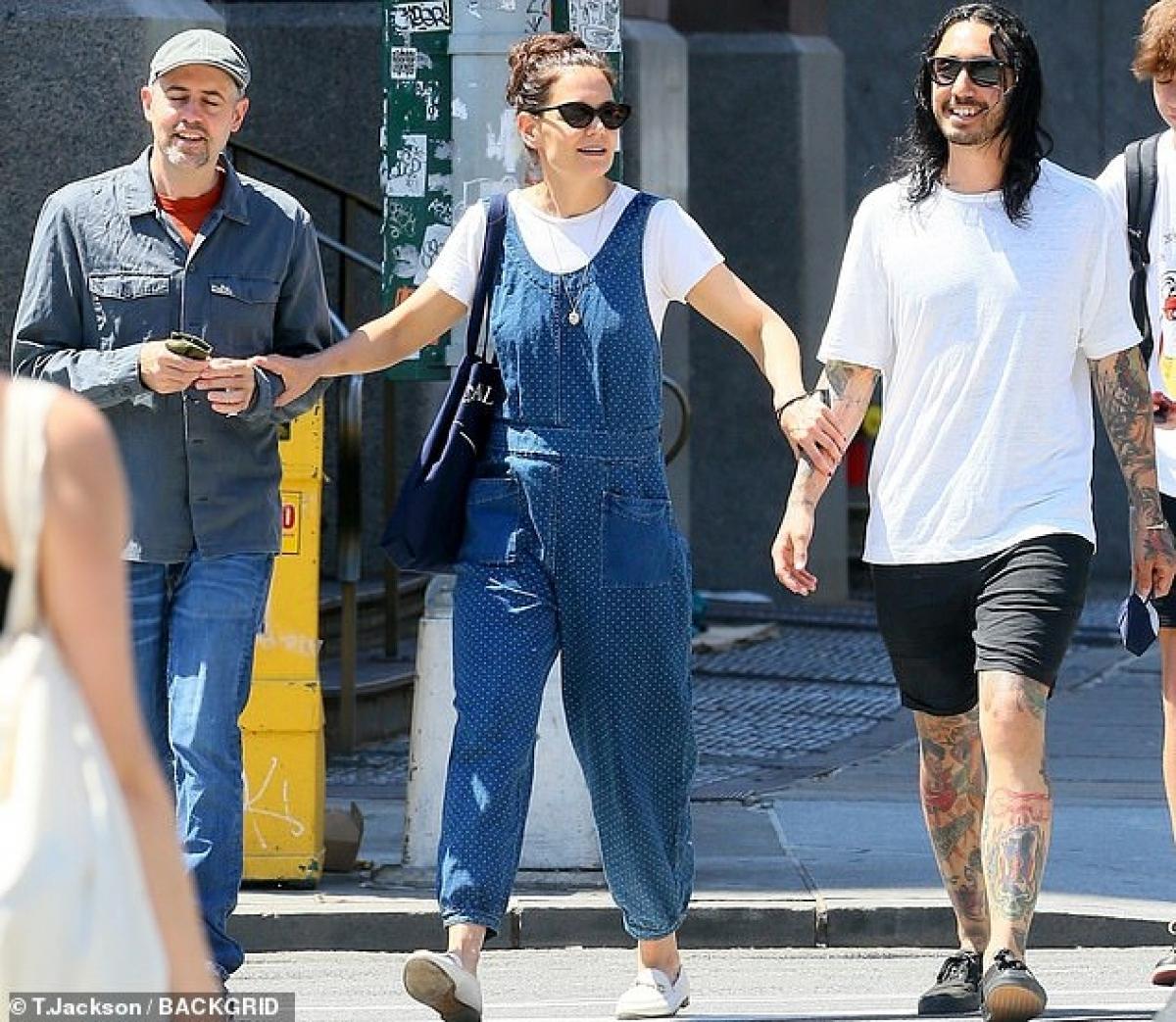 Katie Holmes và Emilio Vitolo Jr - đầu bếp kiêm quản lý nhà hàng Italy của gia đình ở New York từ tháng 9/2020. Cặp đôi được trông thấy lần cuối sánh bước bên nhau là hồi tháng 2/2021.