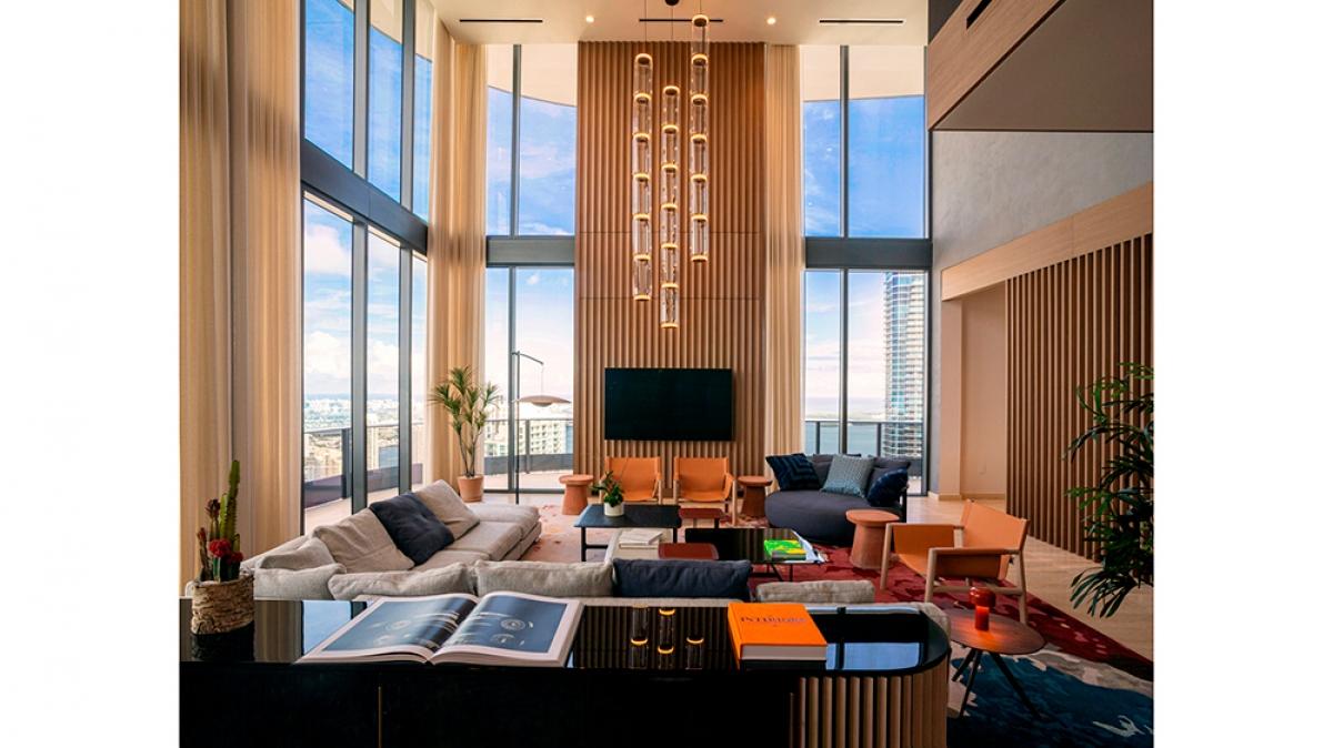 Căn penthouse do kiến trúc sư Alexis Cogul Lleonart nổi tiếng thiết kế.