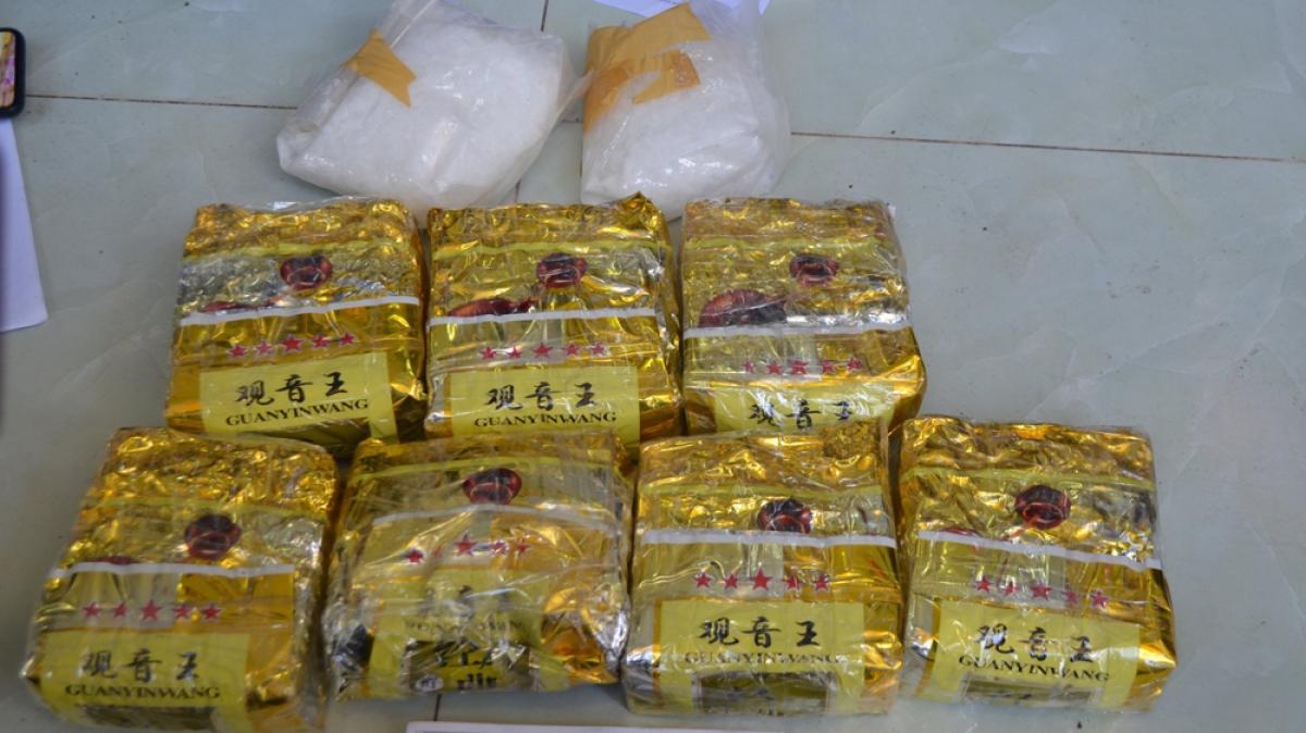 Số lượng lớn ma túy được phát hiện trong căn nhà cấp 4 ở phường Vĩnh Phú.