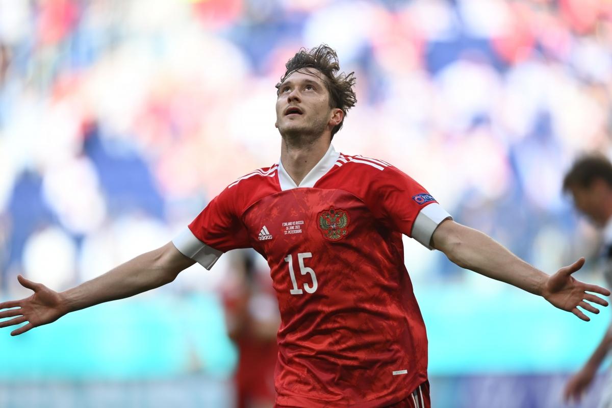 Miranchuk giải tỏa áp lực cho ĐT Nga với bàn thắng đẳng cấp. (Ảnh: Reuters).