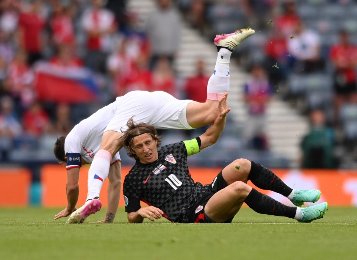 Modric và các đồng đội của Croatia đang đối mặt nhiều thử thách đến từ CH Séc. (Ảnh: Reuters).