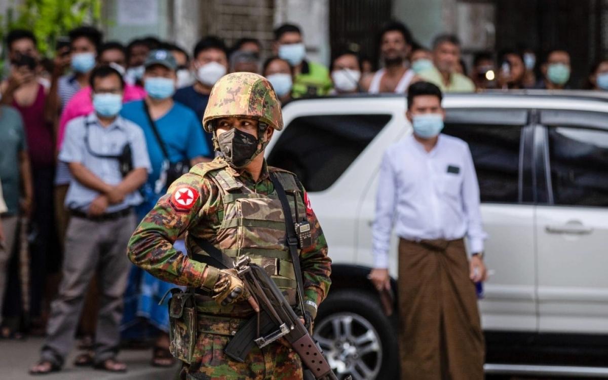Binh sĩ Myanmar sau đảo chính. Ảnh: al Jazeera.