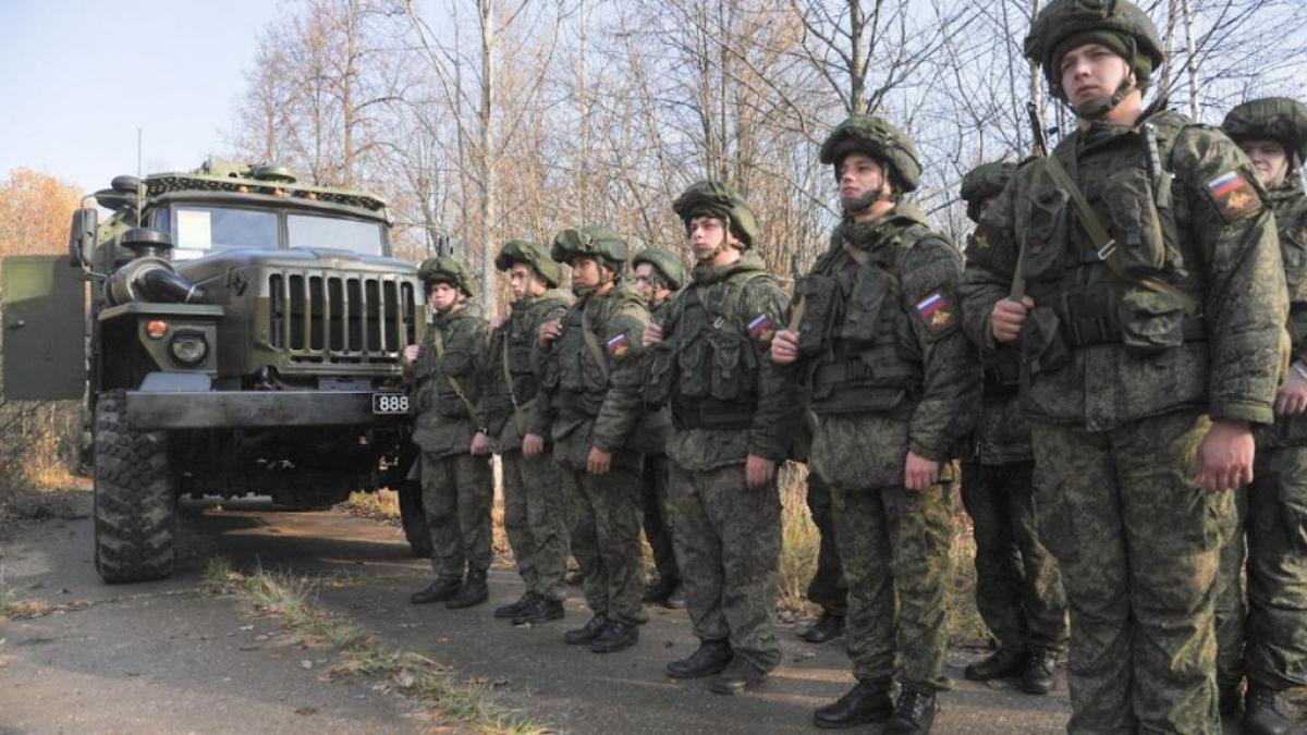 Lính Nga trong một đợt diễn tập gần biên giới Ukraine. Ảnh:Moskva News Agency