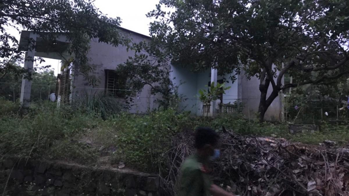 Căn nhà nơi nạn nhân tử vong nghi do bị sát hại.