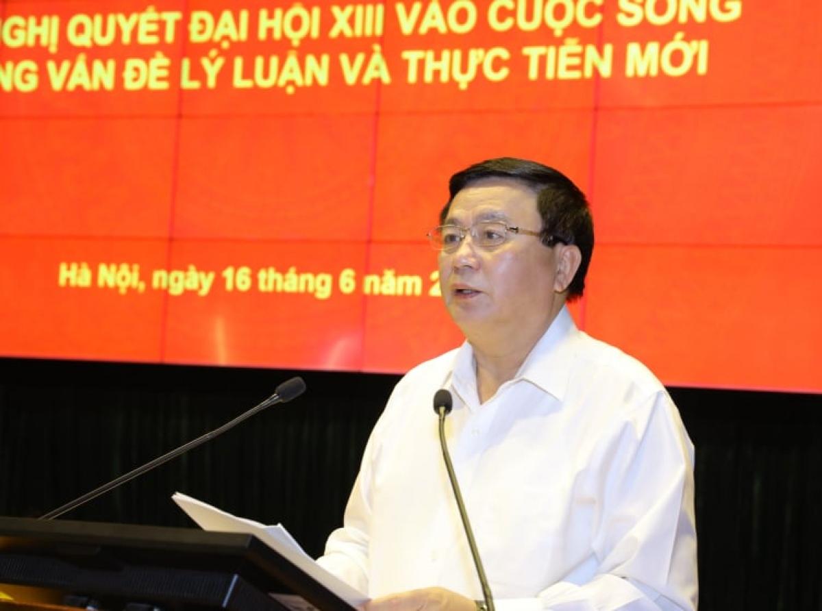 Ông Nguyễn Xuân Thắng, Ủy viên Bộ Chính trị,Giám đốc Học viện Chính trị Quốc gia Hồ Chí Minh.
