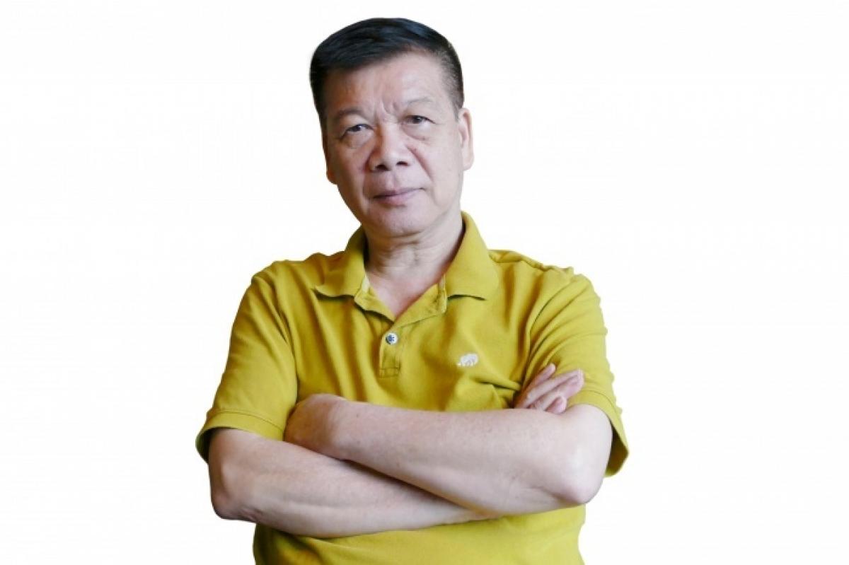 Nhà biên kịch Chu Thơm cho rằng đã đến lúc quét sạch rác thải trên không gian mạng.