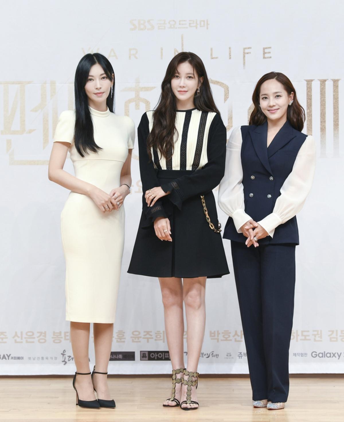 Bộ 3 chị đẹp Kim So Yeon,Eugene, Lee Ji Ah.