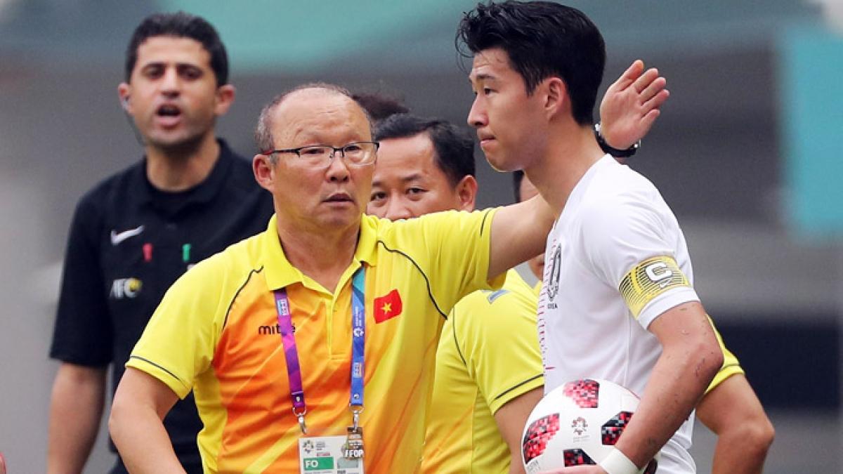 HLV Park Hang Seo từng cùng Olympic Việt Nam đối đầu với Olympic Hàn Quốc ở Asiad 2018. (Ảnh: Yonhap)