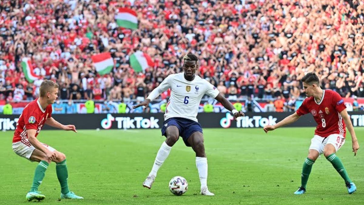 Pháp thi đấu chưa thuyết phục ở vòng bảng (Ảnh: Reuters).