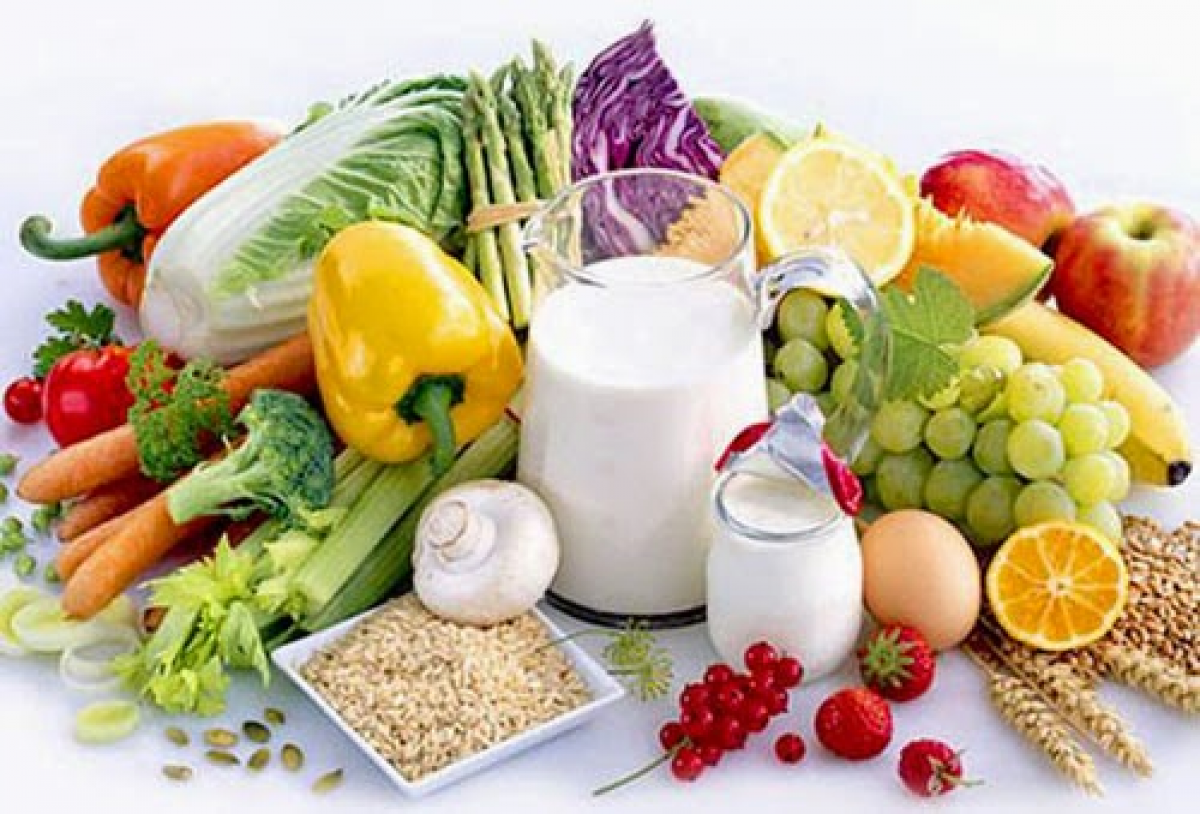 Chế độ ăn giàu chất xơ, nhiều rau xanh và trái cây tốt cho sức khỏe người cao tuổi.