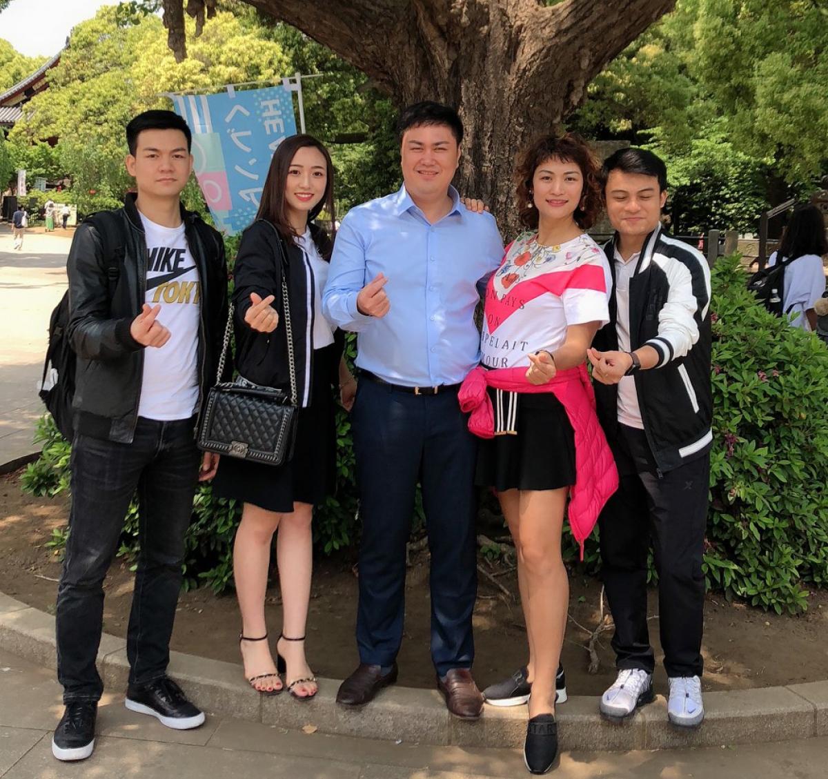 Du học Nhật Bản là lựa chọn đúng đắn của chàng trai đất cảng Vũ Khắc Sơn (người ngoài cùng bên trái).