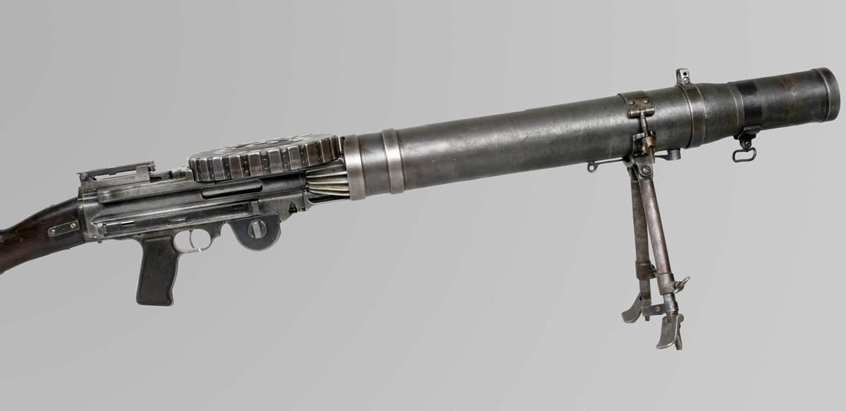 Súng máy hạng nhẹ Lewis. Ảnh: Canadian War Museum.
