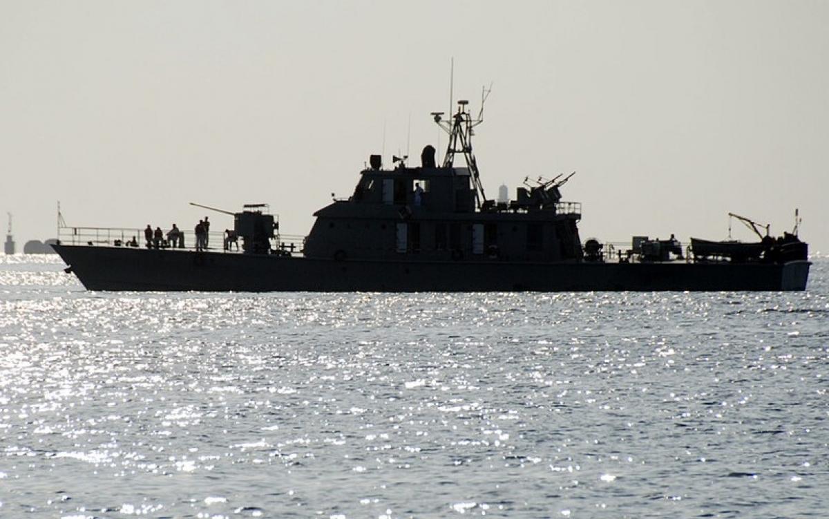 Tàu khu trục Iran. Ảnh: Reuters.