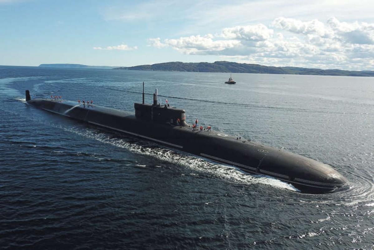 Tàu ngầm lớp Borei-A Knyaz Vladimir tại căn cứ hải quân ở Gadzhiyevo ngày 3/7/2020. Ảnh: Getty