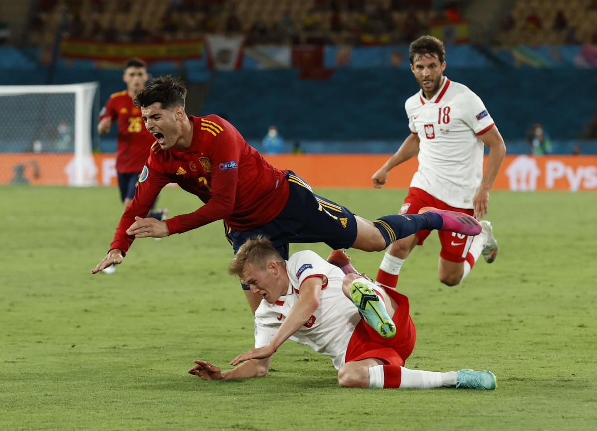 Tây Ban Nha đang tạo nên sức ép khá lớn về khung thành Ba Lan nhưng bàn thắng thứ hai vẫn chưa đến. (Ảnh: Reuters).