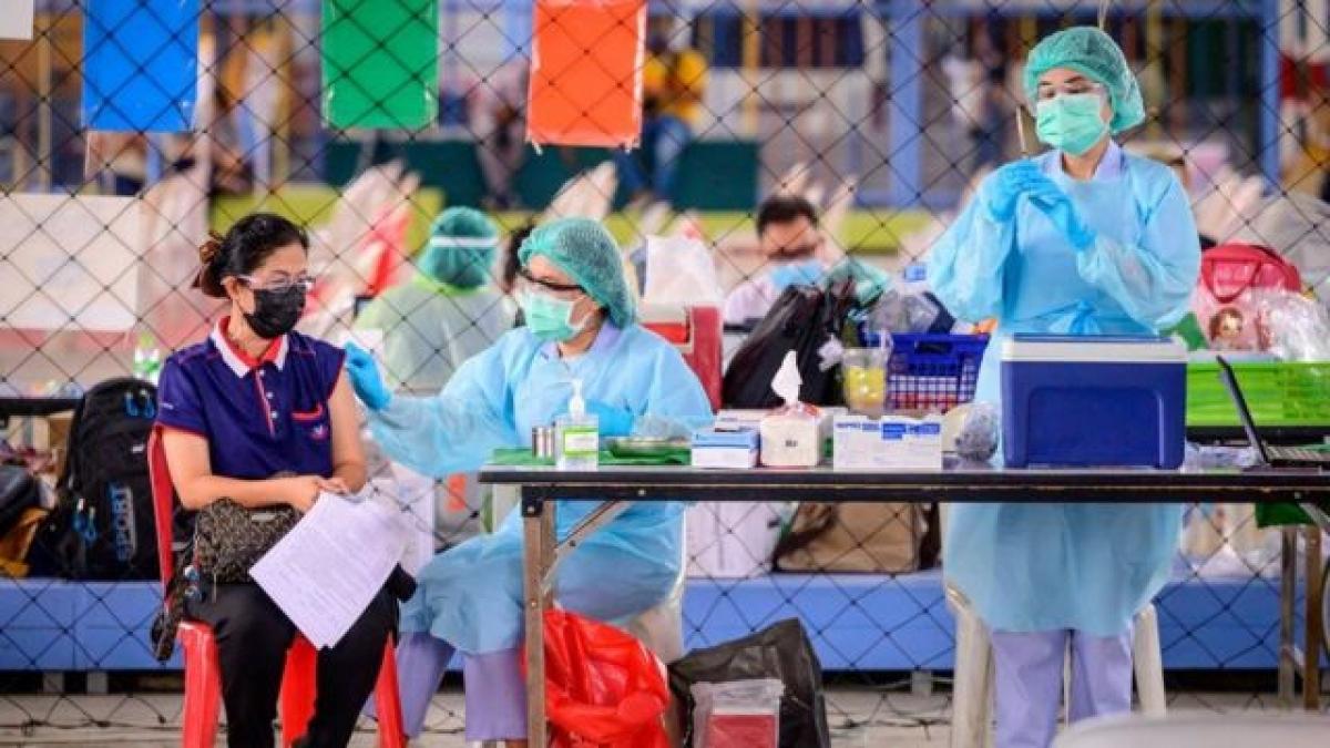 Ngày 7/6, Thái Lan bắt đầu chiến dịch tiêm chủng vaccine Covid-19 quy mô lớn nhất từ trước tới nay. Ảnh: BBC