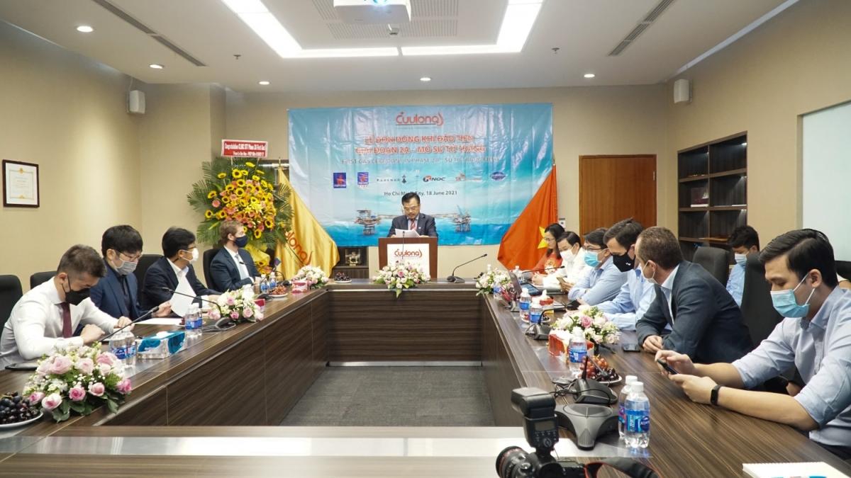 Tổng Giám đốc Cửu Long JOC Nguyễn Văn Quế phát biểu tại điểm cầu Công ty ở TP.HCM.
