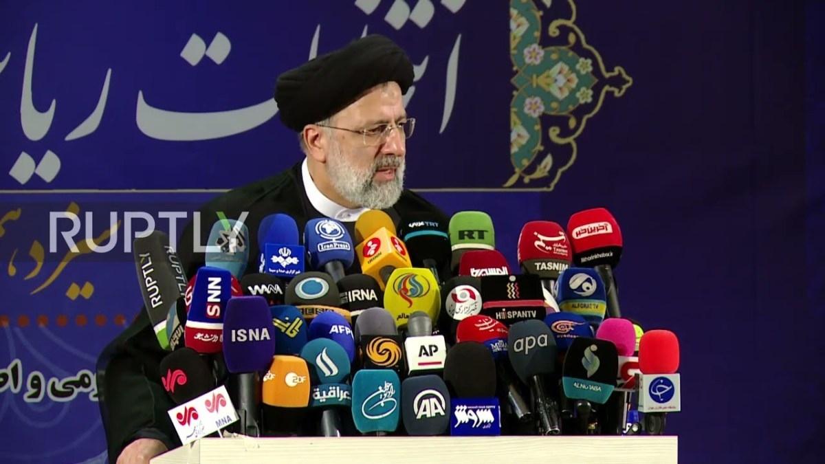 Ông Ebrahim Raisi, giáo sĩ có quan điểm cứng rắn vừa đắc cử tổng thống Iran. Ảnh: Youtube