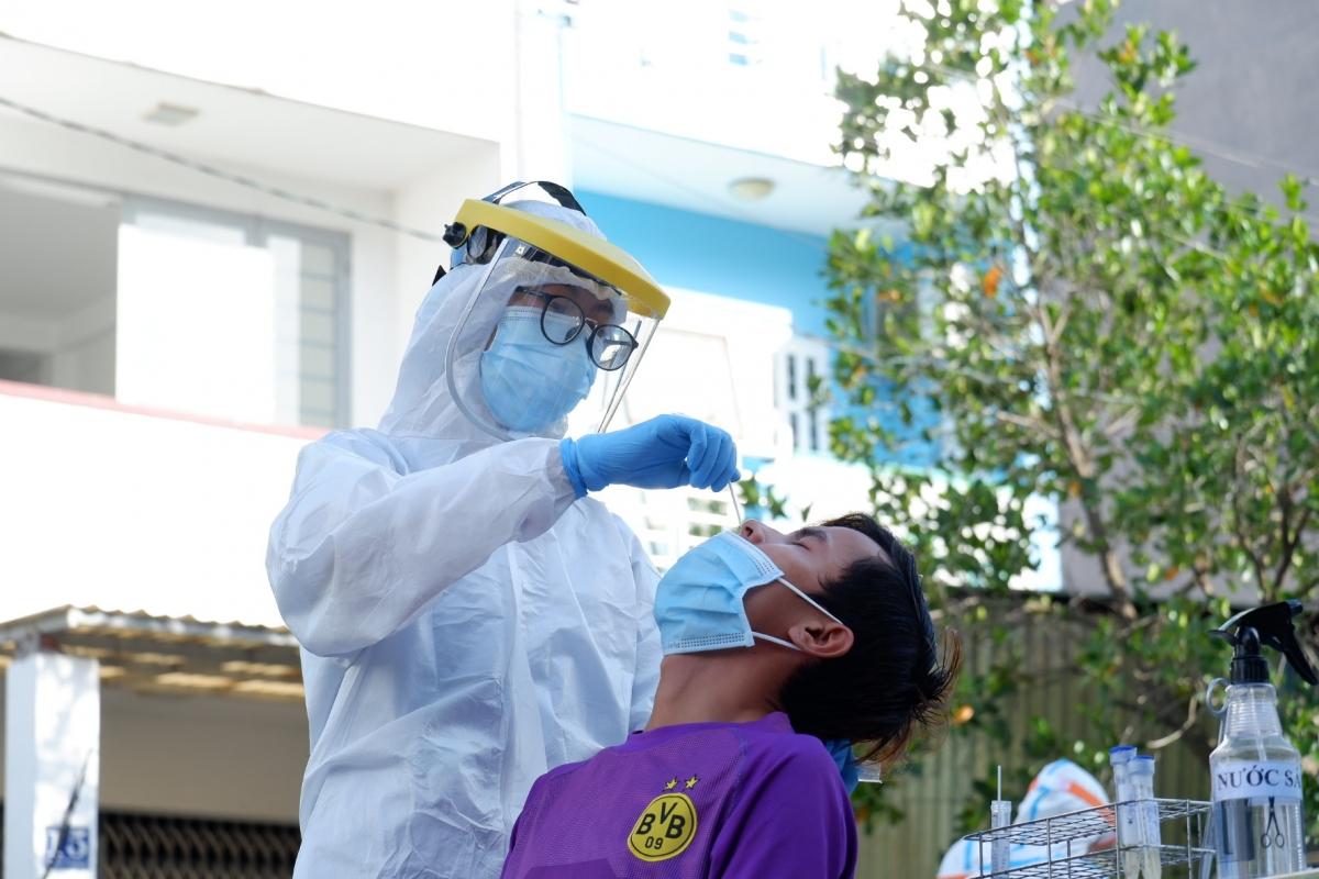 Triển khai xét nghiệm được thực hiện đúng quy trình theo hướng dẫn của Bộ Y tế