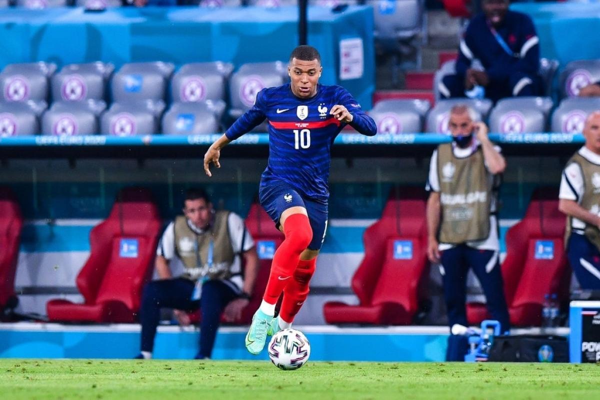 ĐT Pháp đứng trước cơ hội giành vé sớm (Ảnh: Getty).