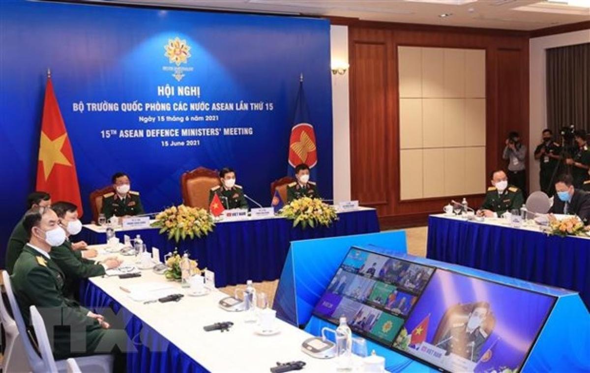 Thượng tướng Phan Văn Giang, Bộ trưởng Bộ Quốc phòng tham dự Hội nghị Bộ trưởng Quốc phòng các nước ASEAN lần thứ 15. (Ảnh: Trọng Đức/TTXVN)