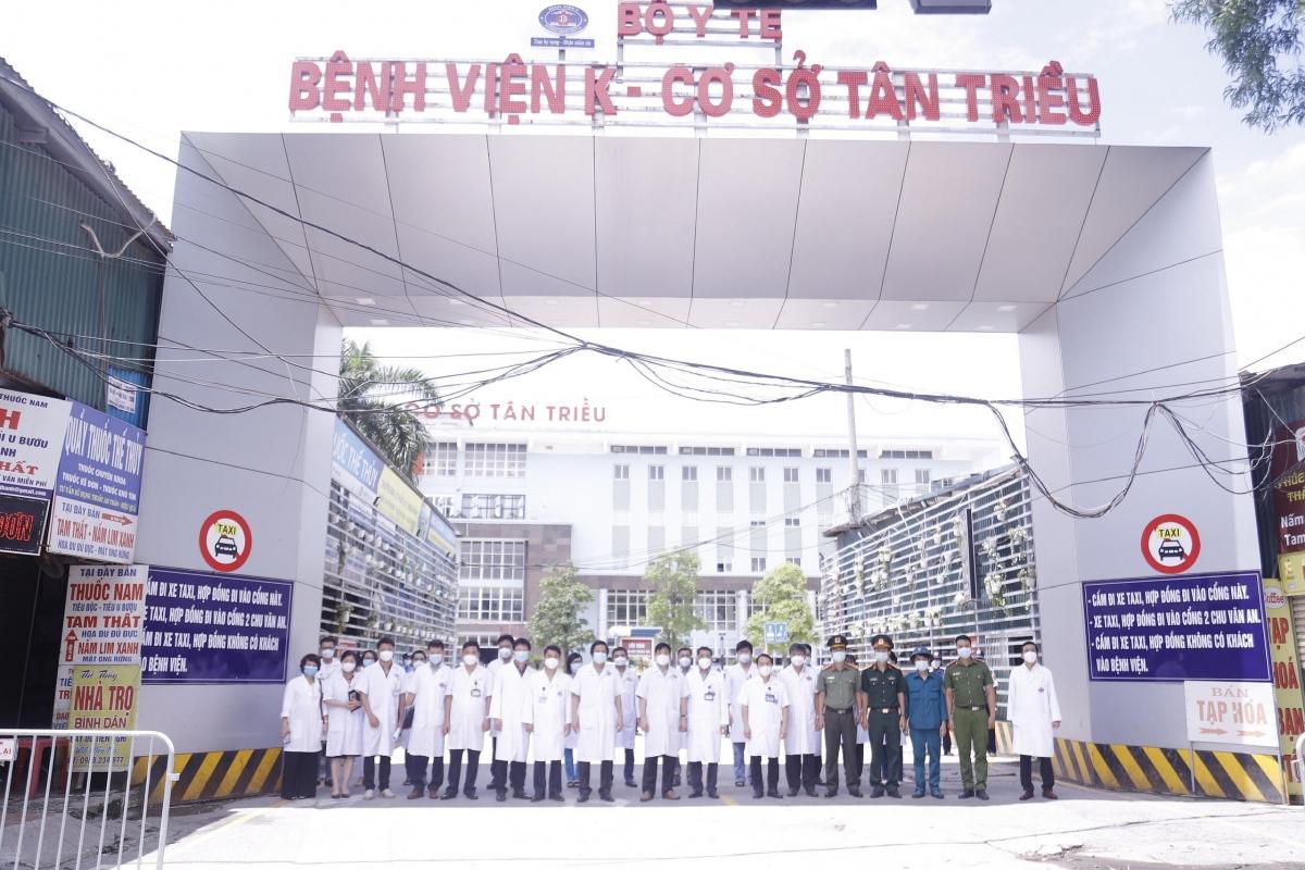 Bệnh viện K cơ sở Tân Triều dỡ bỏ cách ly y tế kể từ khi phát hiện ca mắc COVID-19 ngày 7/5.