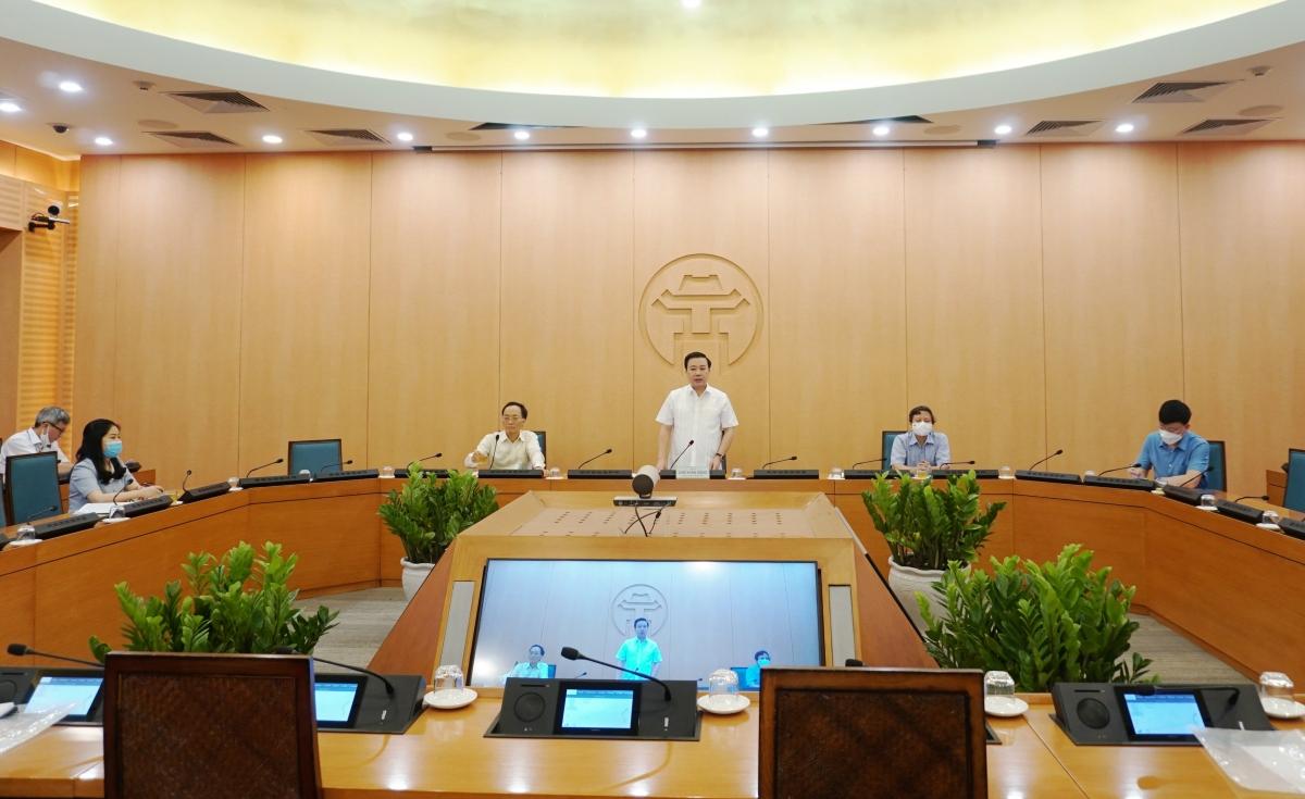 Cuộc họpBan Chỉ đạo thi tốt nghiệp THPT Thành phố Hà Nội năm 2021.