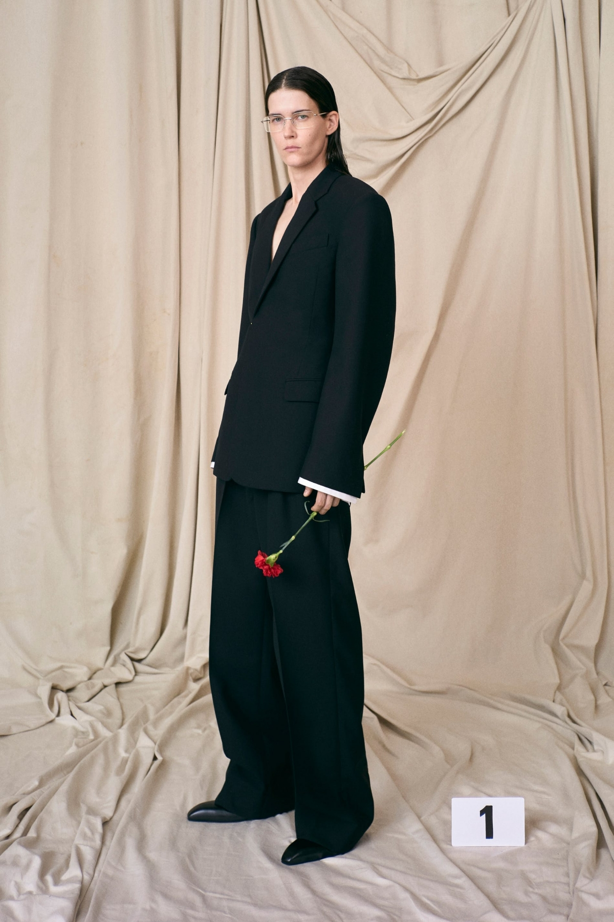 Balenciaga trở lại dòng thời trang cao cấp sau hơn 50 năm vắng bóng.