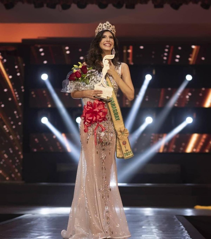 BTC Miss Grand Paraguay vừa tổ chức một buổi lễ để bổ nhiệm tân Hoa hậu Hòa bình Paraguay 2021. Theo đó, người đẹp Jimena Sosa đã giành ngôi vị cao nhất của cuộc thi.