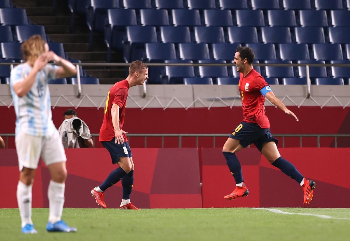Tây Ban Nha tiến vào tứ kết môn bóng đá nam Olympic Tokyo. (Ảnh: Reuters)