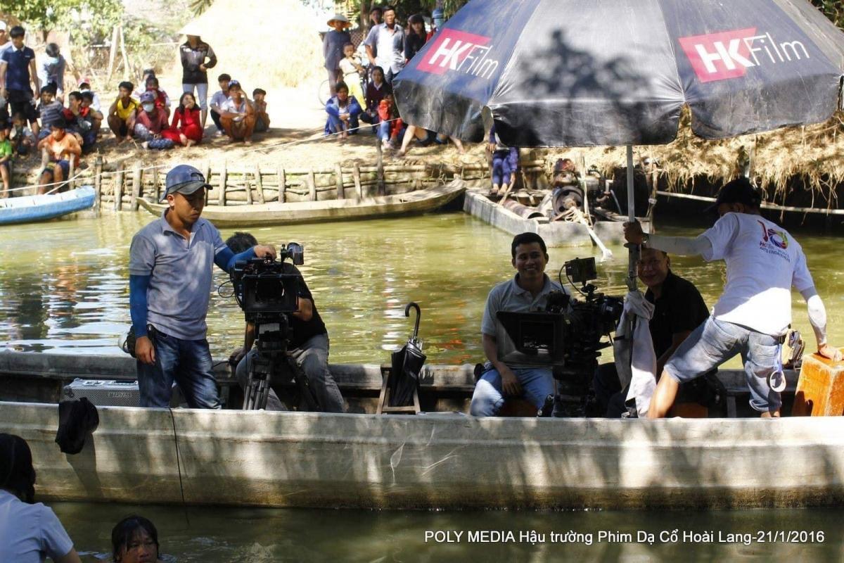 Rất nhiều đồng nghiệp gặp khó khăn đã nhận được sự giúp đỡ của đạo diễn Nguyễn Quang Dũng và bạn bè.