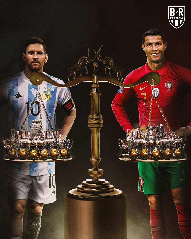 Messi - Ronaldo, ai hơn ai? (Ảnh: Bleacher Reports)