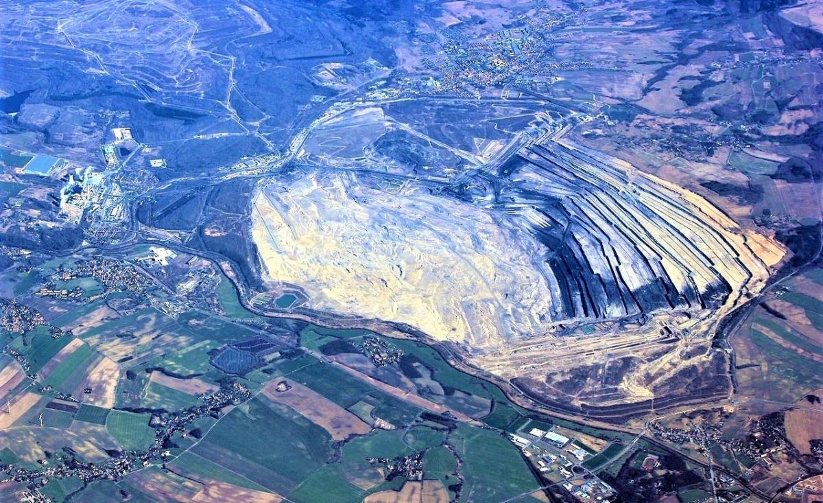Việc khai thác than tại mỏ Turów của Ba Lan bị cả Séc và Đức phản đối. Nguồn: wikimedia.org