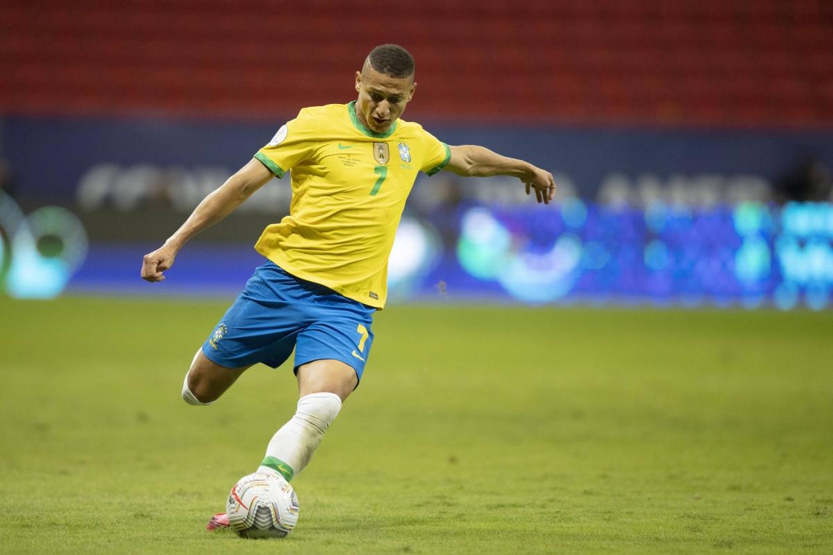 3. Tiền đạo Richarlison | Brazil | Everton | Định giá chuyển nhượng: 55 triệu Euro