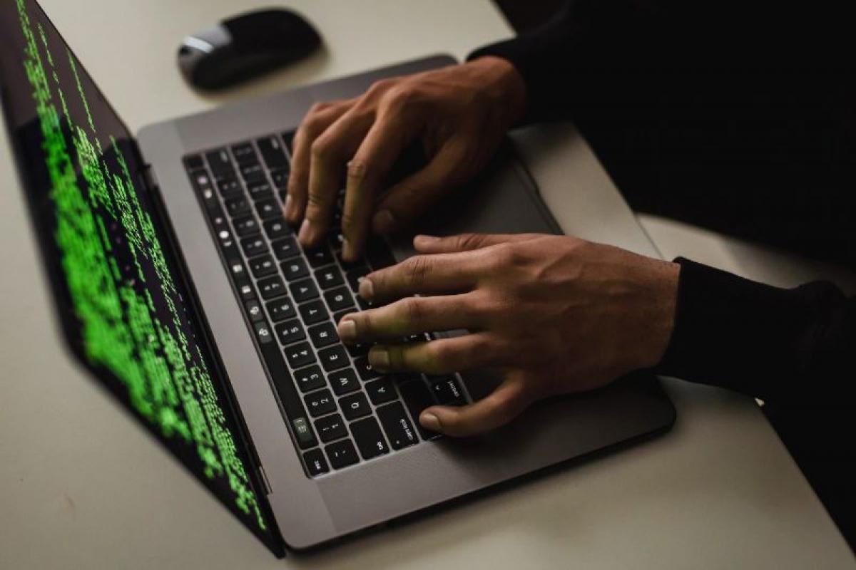 Tin tặc có thể lấy thông tin đăng nhập Facebook của người dùng.